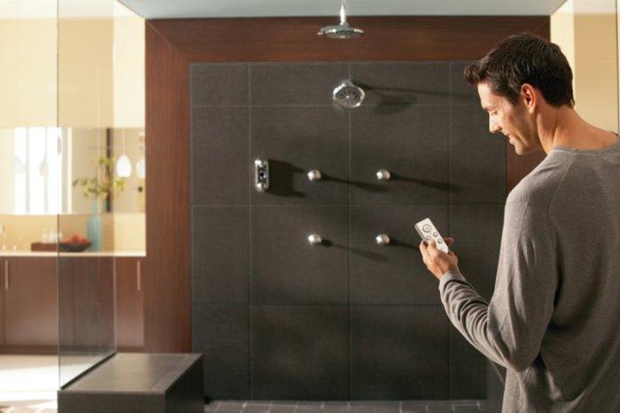 Управление душем со смартфона.