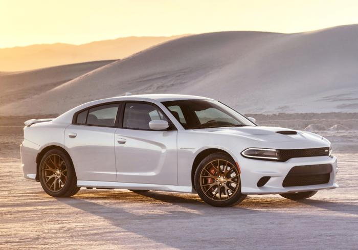 Легендарное имя Dodge Charger помогает ему только в продажах.