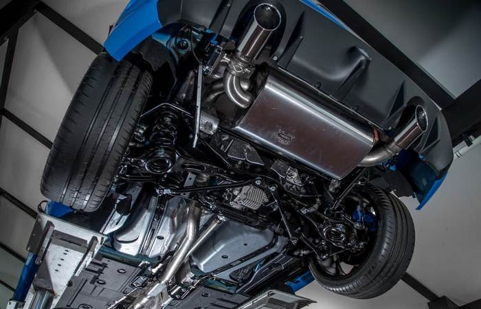 Ford Focus RS. Вид снизу.