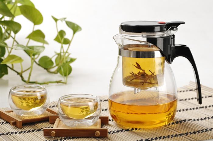 Чай и кофе успокоят нервы.