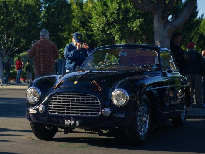 Один из первых авто.