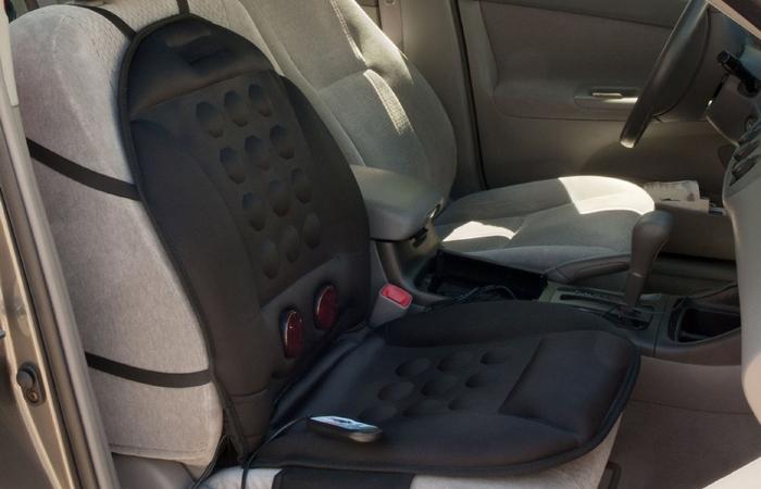 Массажный чехол для автомобильного сидени.