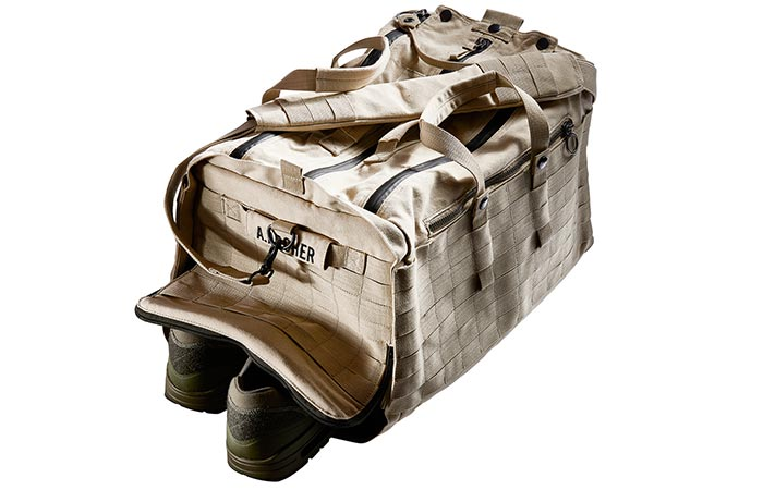 ��������� Able Archer Duffel ���������� $400.