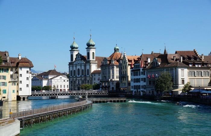 Половина энергии в Швейцарии вырабатывается гидроэлектростанциями.