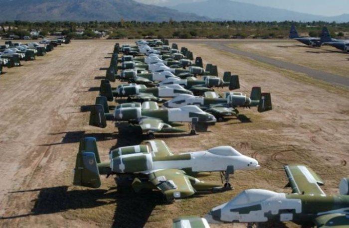 Самые разные образцы воздушной техники собраны в этом месте.