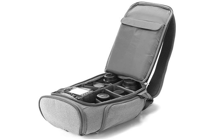 12-дюймовый MacBook, 10-дюймовый планшет/IPad, две цифровых зеркальных фотокамеры...