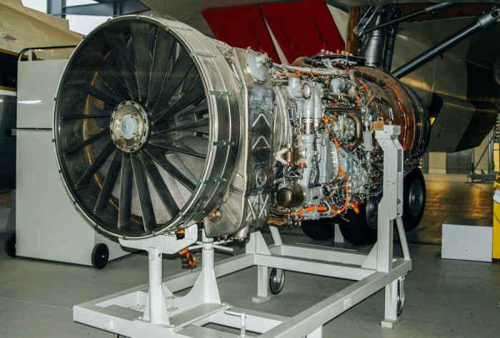 Двигатели Rolls-Royce.