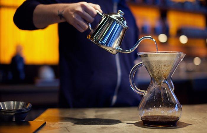 Стеклянная кофеварка-чайник Chemex.