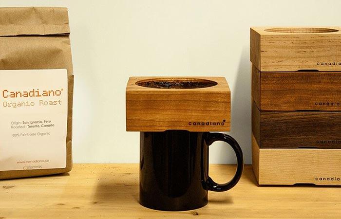 Деревянный пуровер для заваривания кофе Canadiano.