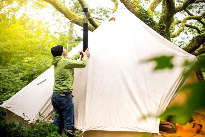 И в палатке тепло