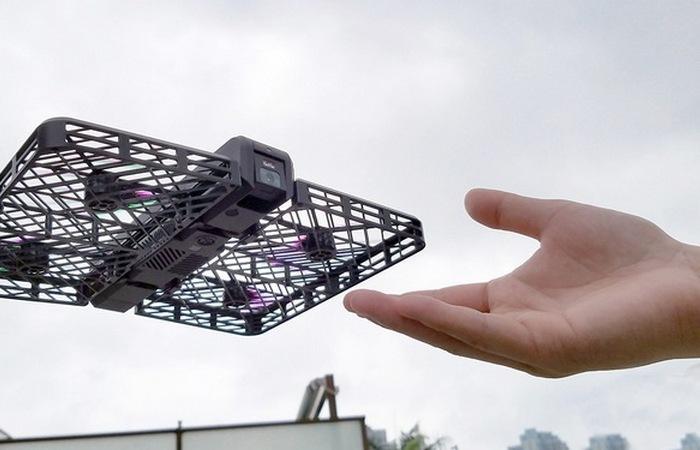 Умная летающая Hover Camera.