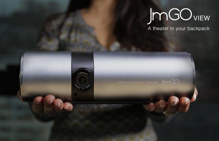 Компактный проектор JmGO.