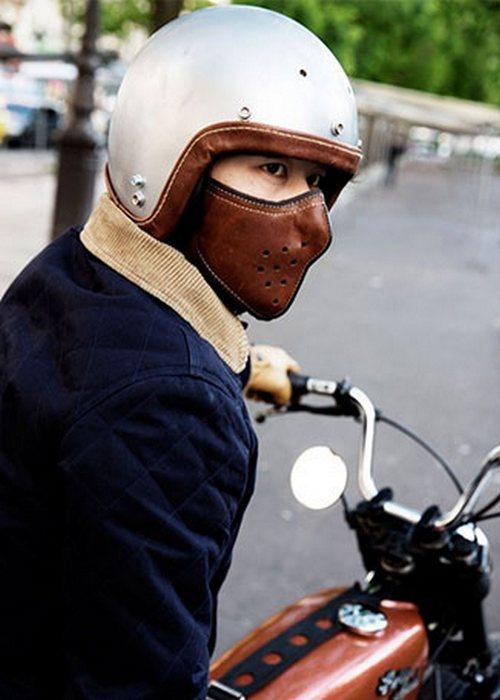 По ТТХ шлем мало чем отличается от своих современных собратьев.
