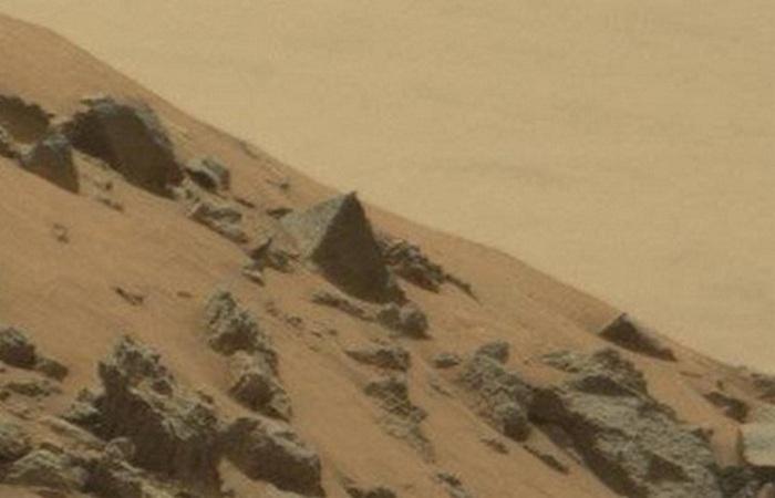 Марсианские пирамиды.
