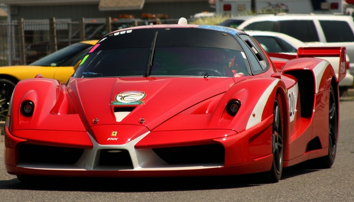 Спортивный автомобиль Ferrari FXX.