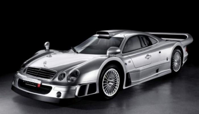 Концептуальный Mercedes-Benz CLK GTR был разработан и собран в 90-е годы.
