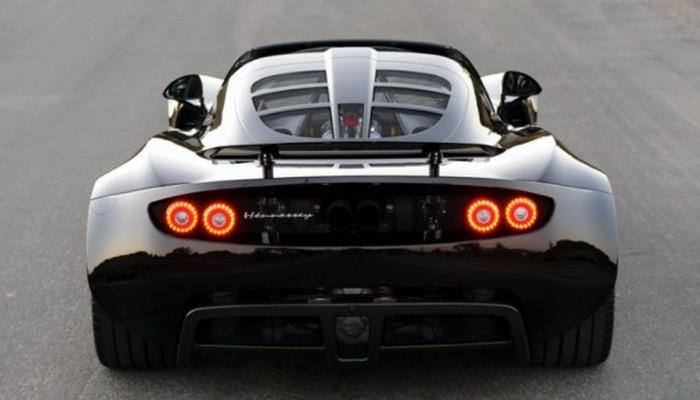 Под капотом безжалостного Hennessey Venom GT V8 табун в 1244 л.с.