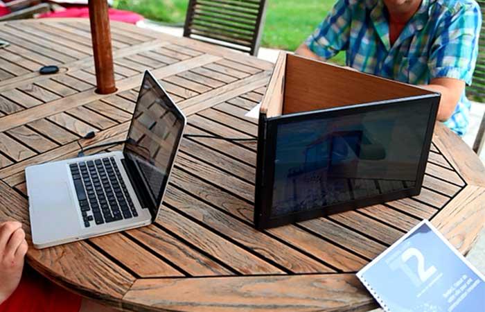 Sliden'joy может работать с ноутбуками, ПК, мобильными устройствами.