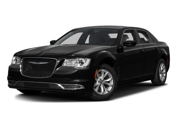 Автомобиль Chrysler 300.