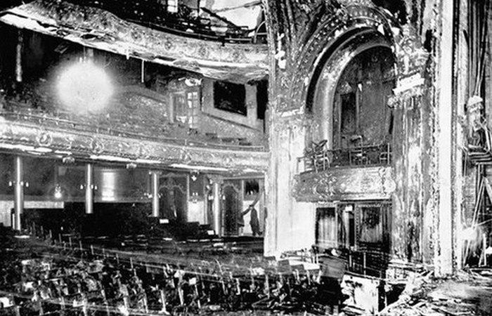 Театр Ирокез после пожара.