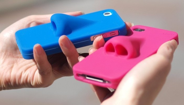Забавный аксессуар: Hana iPhone Case.