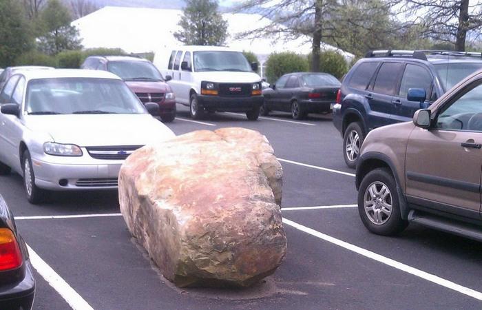 Полезно и просто: парковаться подальше от работы и дома.