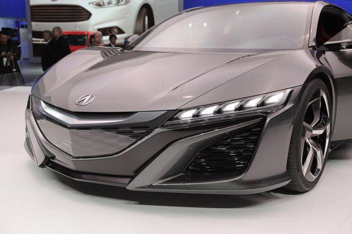 Спортивный автомобиль нового поколения от Acura.