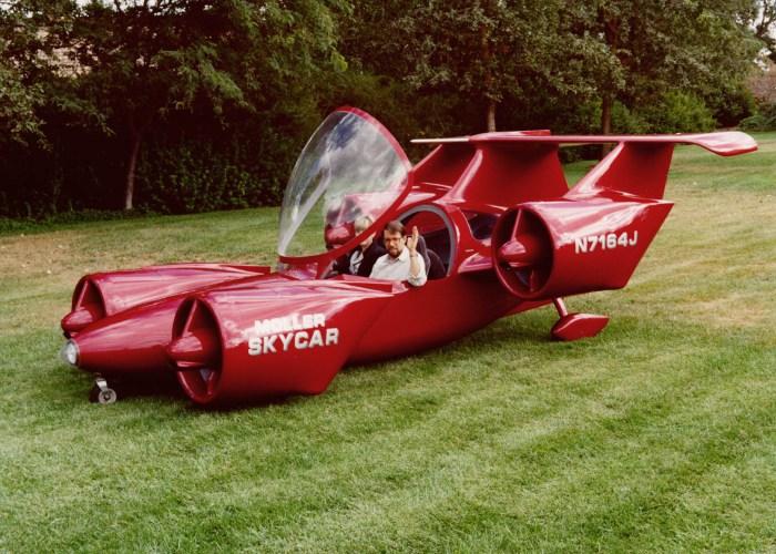 Moller Skycar - гибрид летательного аппарата и космического корабля.