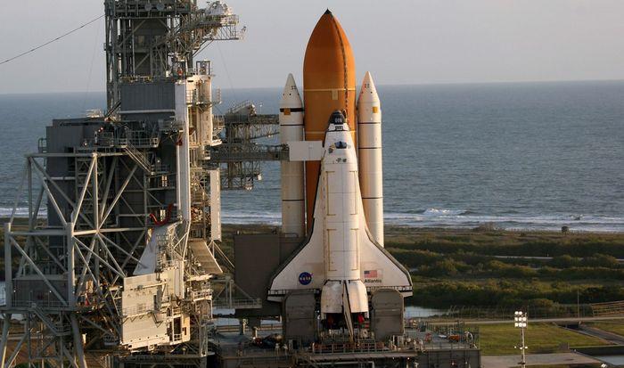 Транспортный космический корабль.
