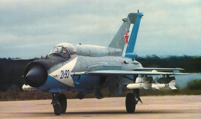 Самолет Миг 21.