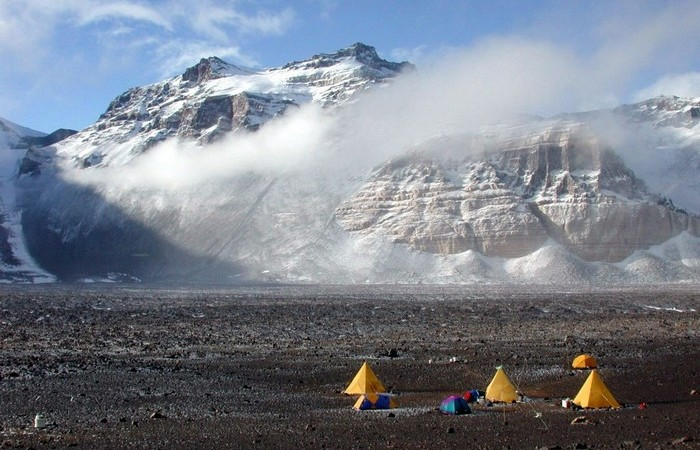 Горный хребет длинной 3500 км.