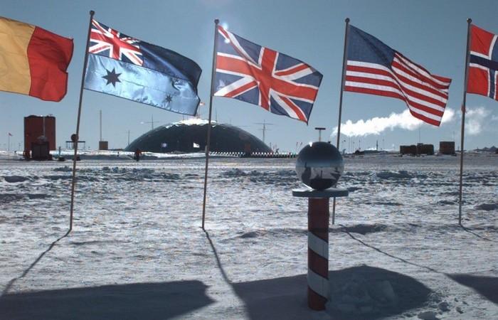 Договор об Антарктике подписали 48 стран.