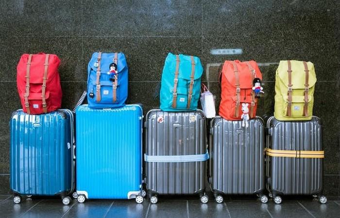 Необходимо: отслеживать свой багаж.