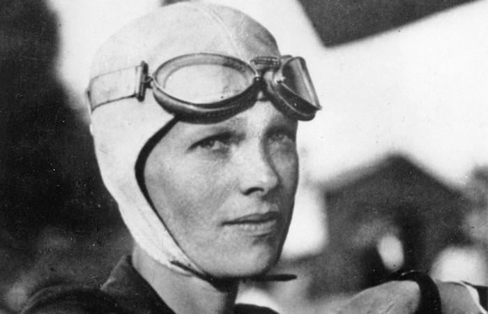 1-я женщина-пилот.