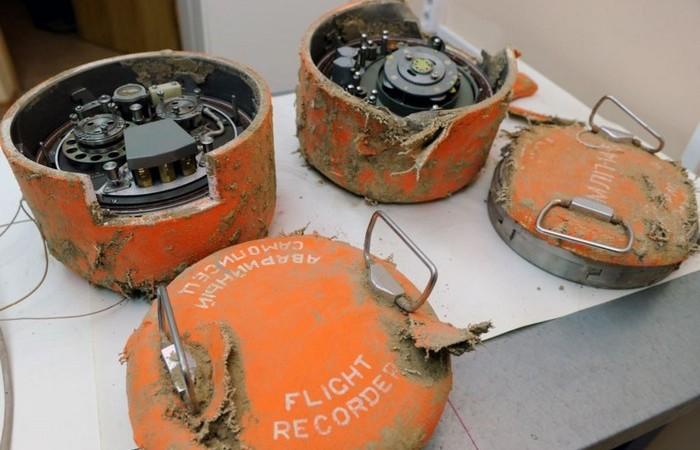 БС не всегда выживает после авиакатастрофы.