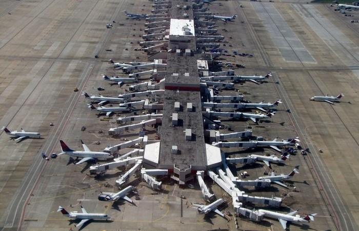 Аэропорт Хартсфилд-Джексон в Атланте.