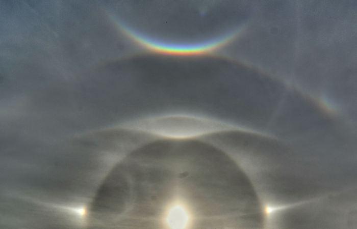 Египтяне замечали странные светлые круги на небе.