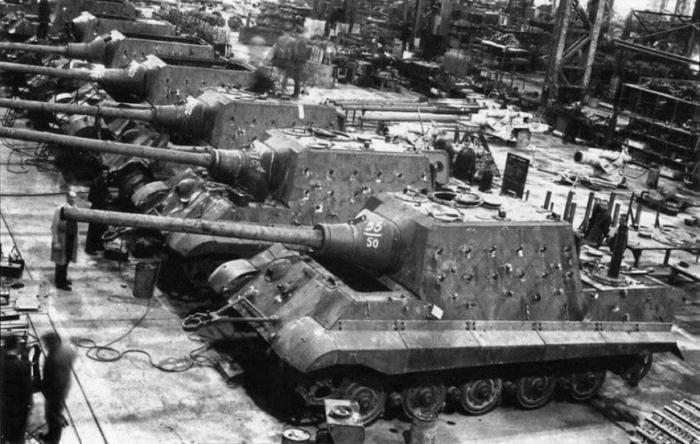Произвести немцы успели всего 77 таких САУ. |Фото: gutberlet-ccc.com.