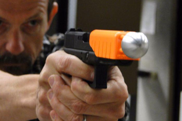 Насадка на дуло пистолета Alternative.