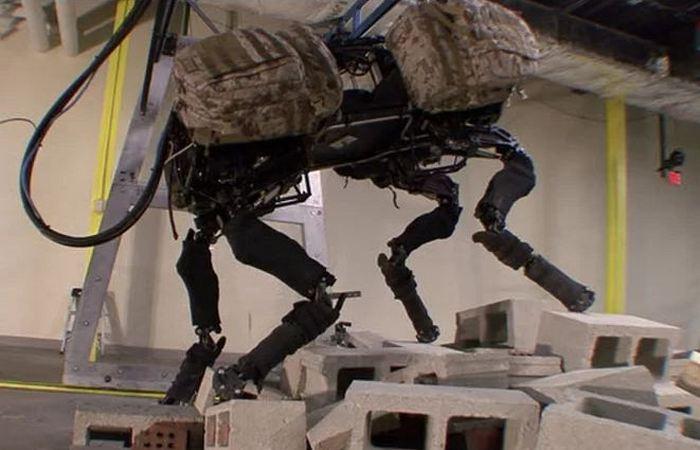 Удивительный робот BigDog.