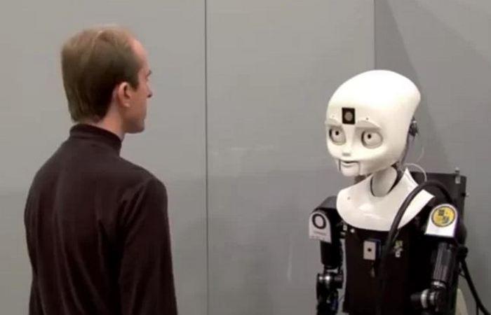 Удивительный робот Octavia.