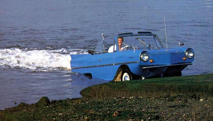 Amphicar - семейство необычных автомобилей класса люкс.