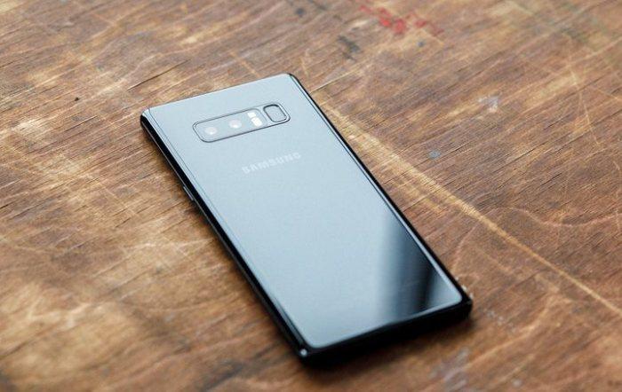 Один из самых мощных - Samsung Galaxy Note 8.