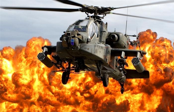Apache AH-64 с комбинированным подвесом.