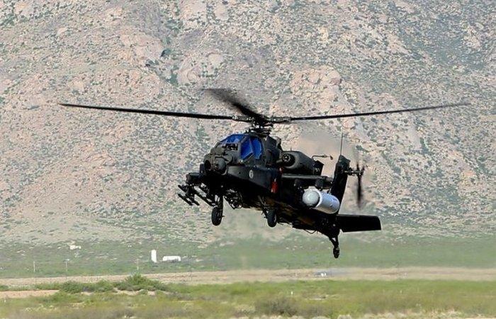 Apache AH-64  с лазерной пушкой.