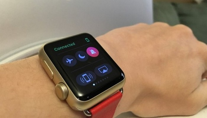 Удобный вызов на свой iPhone с Apple Watch.