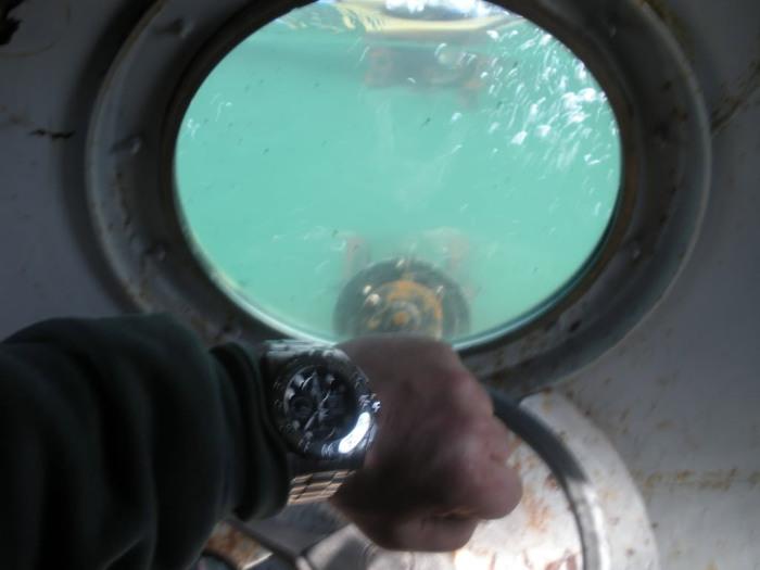 Спуск под воду.