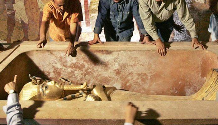Торопливое захоронение Тутанхамона.