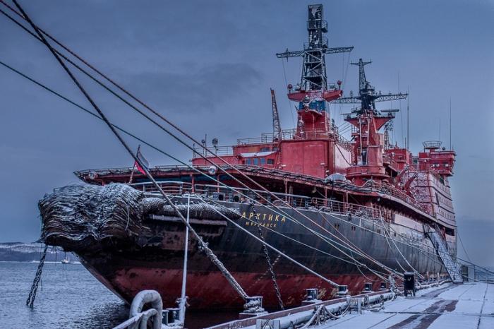 Ледокол Арктика.