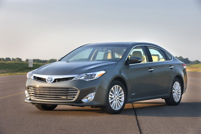 Toyota Avalon.